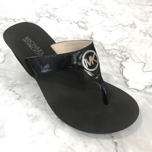 Michael Kors Patent Leather Sandal (7)